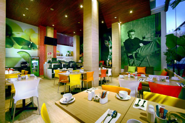 Lime Restaurant of favehotel Kuta Square