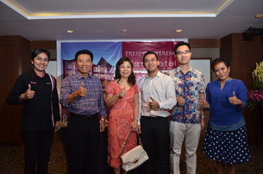 Seen In the Image : Mrs. Maria Rosaline as HM favehotel Sunset Seminyak, Mr. Wayan Suastha, Mrs. Satrio Wahyuni, Mr. Aditya Wahyu Lesmana, Mr. Rudy Nugraha Pradana as Owner and Board Director from PT. Tri Wahyu Pradana also Mrs. Happy Lutjika as DOSM from Archipelago International during press conference event.