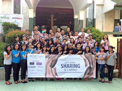 Terlihat pada gambar : Sharing is Caring di Masjid Sunda Kelapa, Jakarta Pusat.