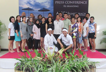 Seen in the image, management of Archipelago International, Aston Sunset Beach Resort - Gili Trawangan and along with media.