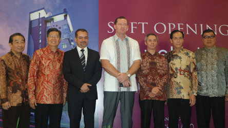 Seen in the image from left to right - Mr. Djohan Kosasih as Director of PT. Graha Sarana Wisata, Mr. Yongki Purnomo as Commissioner of PT. Graha Sarana Wisata, Mr. Norbert Vas as Vice President Business Development of Archipelago International, Mr. John Flood as President & CEO of Archipelago International, Mr. Joezar Rinaldi as Hotel Manager of favehotel Zainul Arifin - Jakarta, Mr. Bianto Husin as Vice President of PT. Graha Sarana Wisata and Mr. Hartono Angsana as Commissioner of PT. Graha Sarana Wisata during the Soft Opening ceremony.
