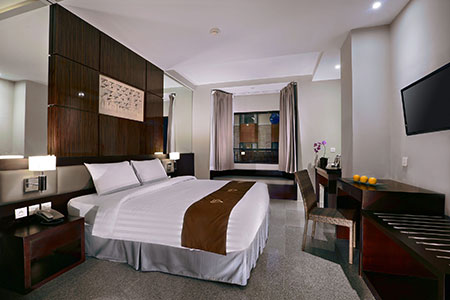 Seen in the image : Aston Tuban Inn - Standard Room