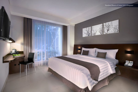Seen in the image : Standard Room at Neo Denpasar