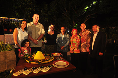 Seen in the image from left to right : Mr. John Flood as President & CEO Archipelago International and family, Ms. Tenaiya Brookfield as VP of Sales & Marketing Archipelago International, Mr. Babay Ahlan as Head of Subsdistrict Cinangka Area and wife, Mr. Heru Purwono as VP Finance Archipelago International and Mr. Doddy Fathurahman as General Manager Aston Anyer Beach Hotel during rice cone cutting ceremony.