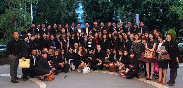 Snapshoot of Aston Fair Surabaya 2013 - Sales & Marketing Team of Archipelago International from across Indonesia