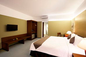 The Room of Hotel NEO Green Savana – Sentul City