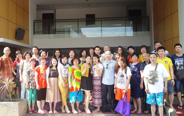 Snapshot of the China's Travel Agents and Management of Quest Kuta - Tuban