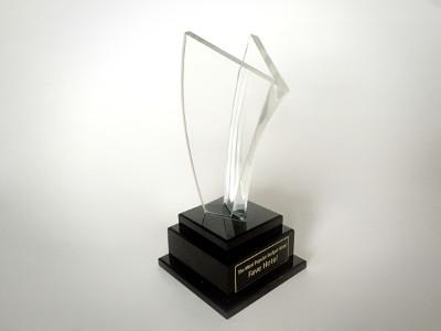 Terlihat pada gambar : Penghargaan The Most Popular Budget Hotel.