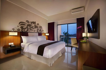 Kamar Deluxe dari Aston Bojonegoro City Hotel.