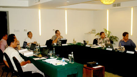 Seen The Image : All Bali Unit General Manager during the workshop